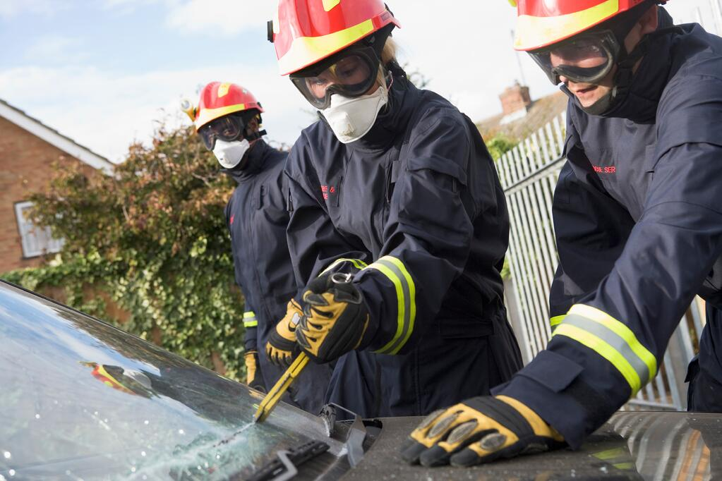 firefighters-in-a-post-about-firefighter-equipment-grants-and-the-Leary-foundation